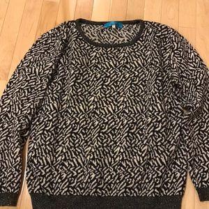 Black &cream patterned scoop sweater size medium